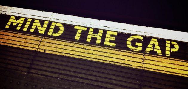 mind-the-gap-1876790_1920